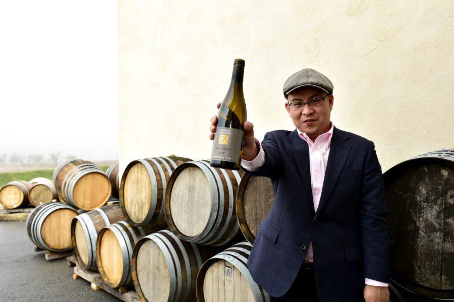 コートデュローヌで出会ったワインの中でソムリエが試飲により選んだ最高のワイン 7月と11月に入荷する予定です。 ぜひ楽しみにしていてください。